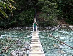 La pasarela del Rio Azul yendo al Cajon